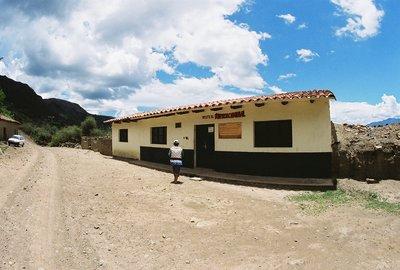 La_Higuera_Bolivia_5.jpg