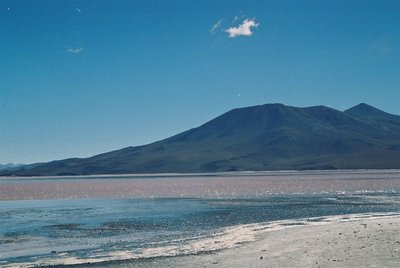 Red_Lake_Uyuni.jpg