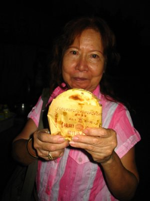 Xinjiang bread - a delicacy we never turn down