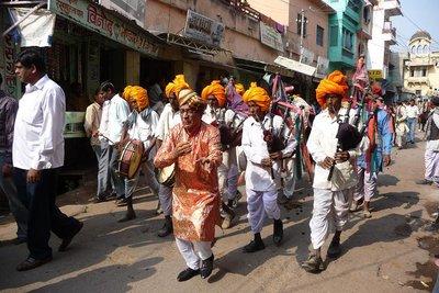 India_-_Bu..cession.jpg