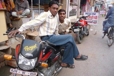 India_-_Bu..orcycle.jpg