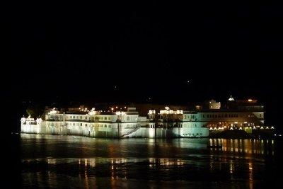 India_-_Ud..t_night.jpg