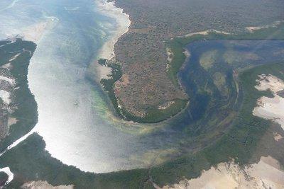 Islands_below.jpg