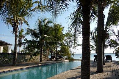Pool_at_Ibo_Lodge.jpg