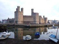 canerfon castle wales