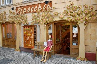 2009 30 Pinnochio Small