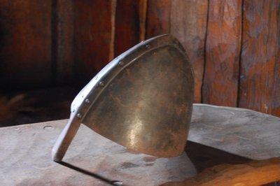 3small17_V.._helmet1.jpg