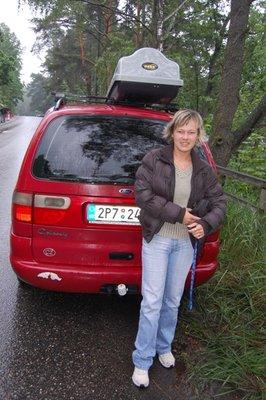 5small37_Lenka_car.jpg