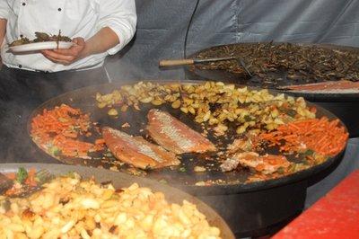 5small45_Food_woks.jpg