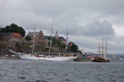 7small45_Oslo_harbor.jpg