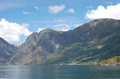 7small73_Fjord01.jpg