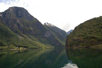 7small81_Fjord09.jpg