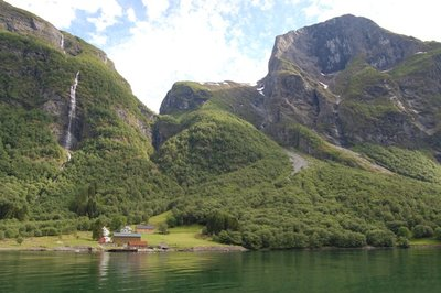 7small82_Fjord10_Farm.jpg