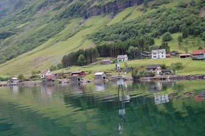 7small83_Fjord11.jpg