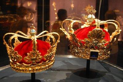 Small_Danish_crowns.jpg