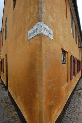 Small_Row_Houses_2.jpg