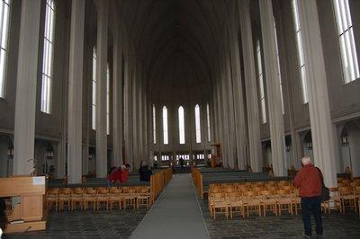 Small_church_inside.jpg