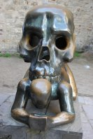 2009 65 Skull Statue Small