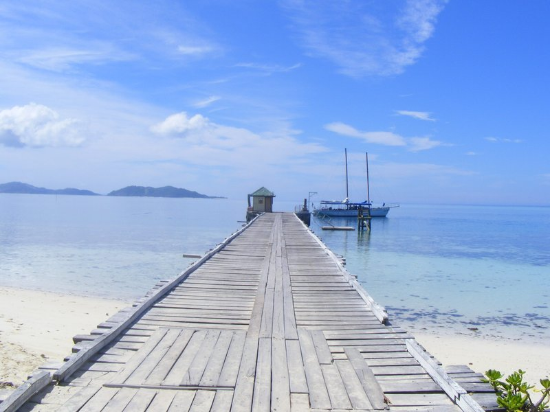 Fiji Travel Guide Book