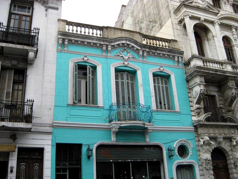 BA-Gur blue building