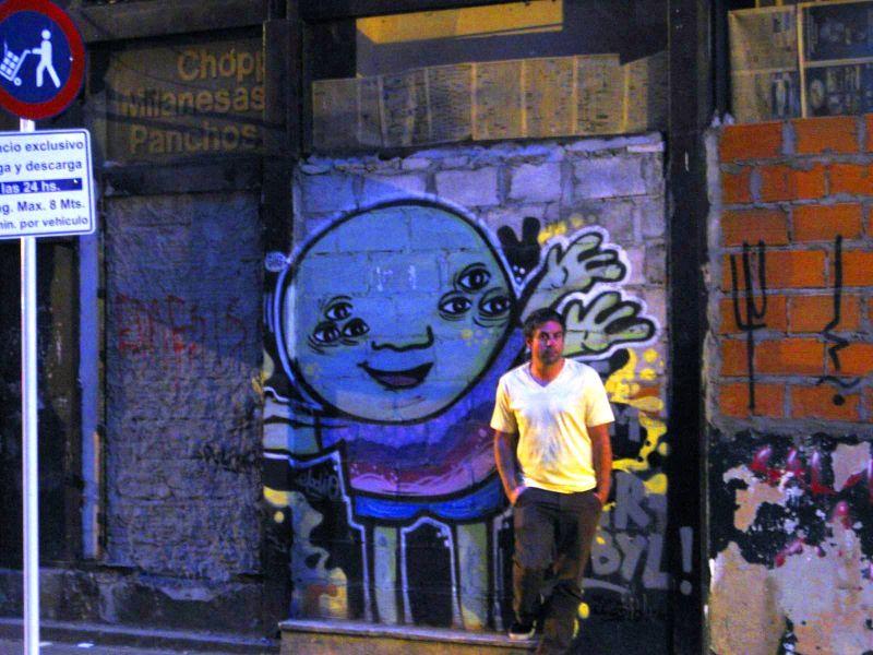 BA-Gur on graffiti wall