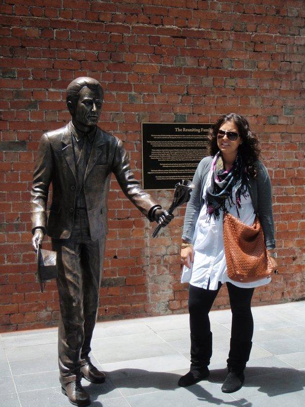 Visitors- Deanna statue