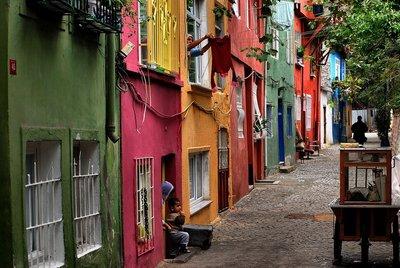 colourful_street.jpg