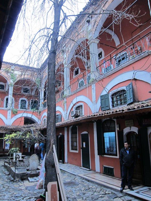 Zincirli Hanı in Grand Bazaar