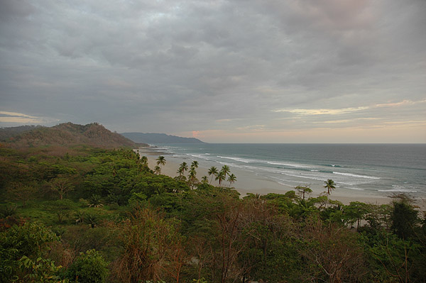 Playa Hermosa, Zopilote Surf Camp