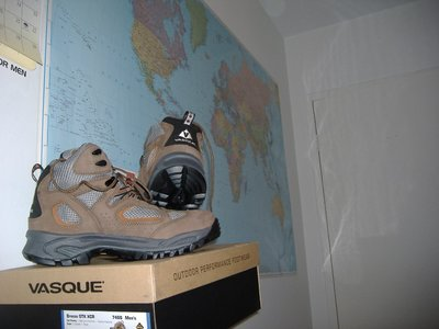 2007_12_28_New_Shoes1.jpg