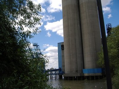 2008_06_22..efinery.jpg