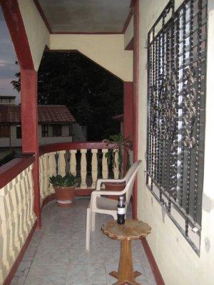A06_Hi-Et_..Balcony.jpg