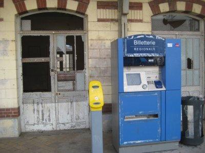 C005_Train..-Artois.jpg