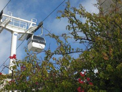 Cable_car_.._Lisbon.jpg