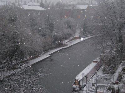 Canal_Frozen_2.jpg