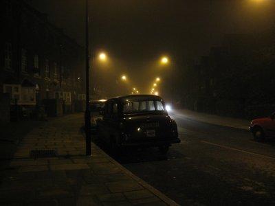 Car_in_London_Fog.jpg