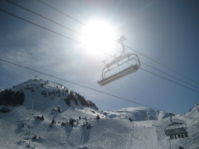Chairlift_in_the_sun.jpg