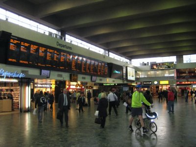 E011_Euston_Interior.jpg