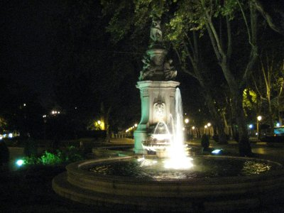 Fountain in Paseo del Prado 2