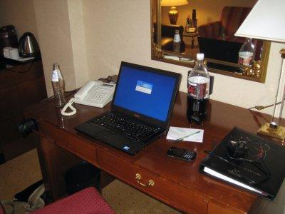 Marriott_Desk_2.jpg