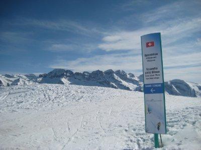 Swiss_Border.jpg