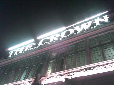 The_Crown_sign.jpg