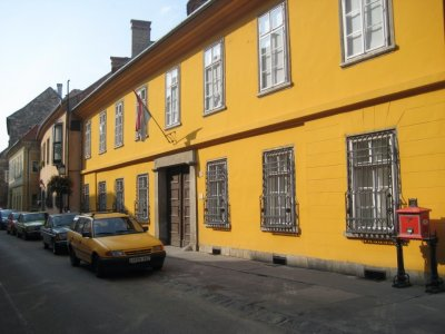 Yellow House in Old Buda