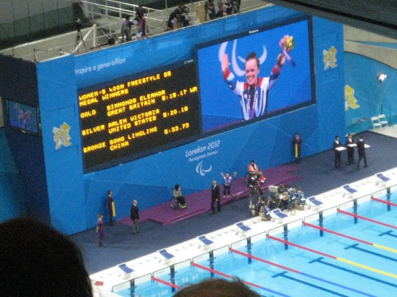 2012 09 01 Swimming Medal Ceremony Ellie Simmonds