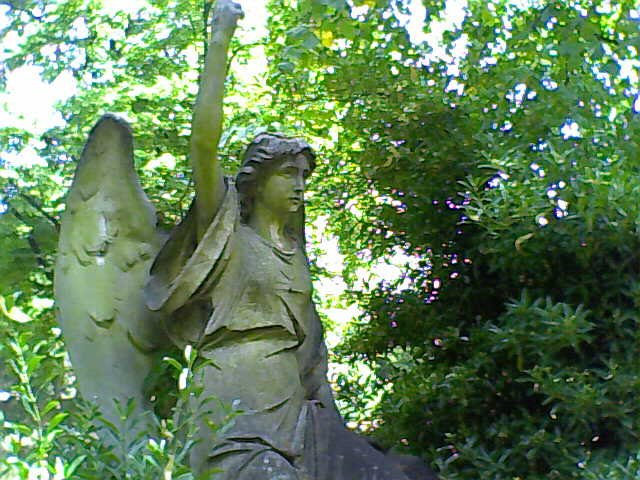 Angel Pointing Up Brompton Cemetery