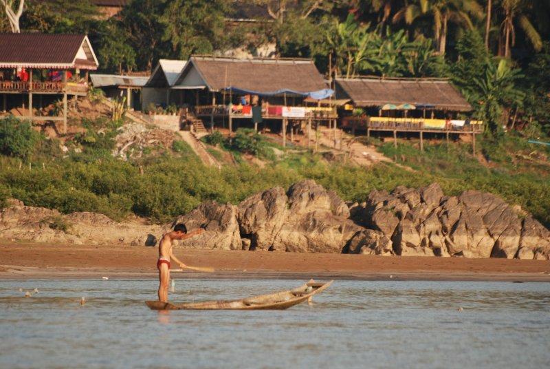 fisherman slowboat