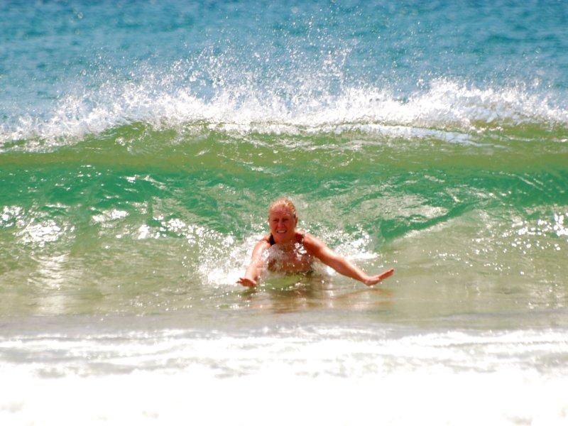 mum in waves