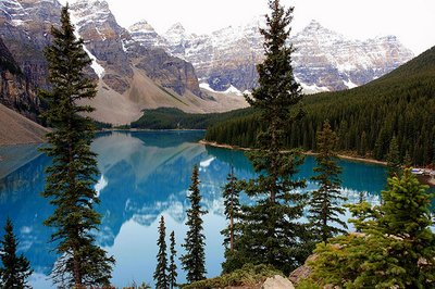 Moraine_Lake.jpg