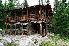 Six_Glaciers_Teahouse.jpg