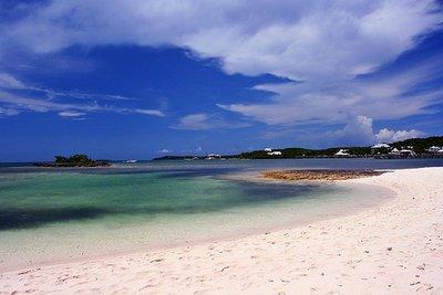 tahiti_beach.jpg